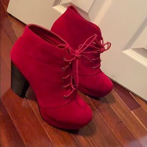 Shoes - Red bootie pumps!